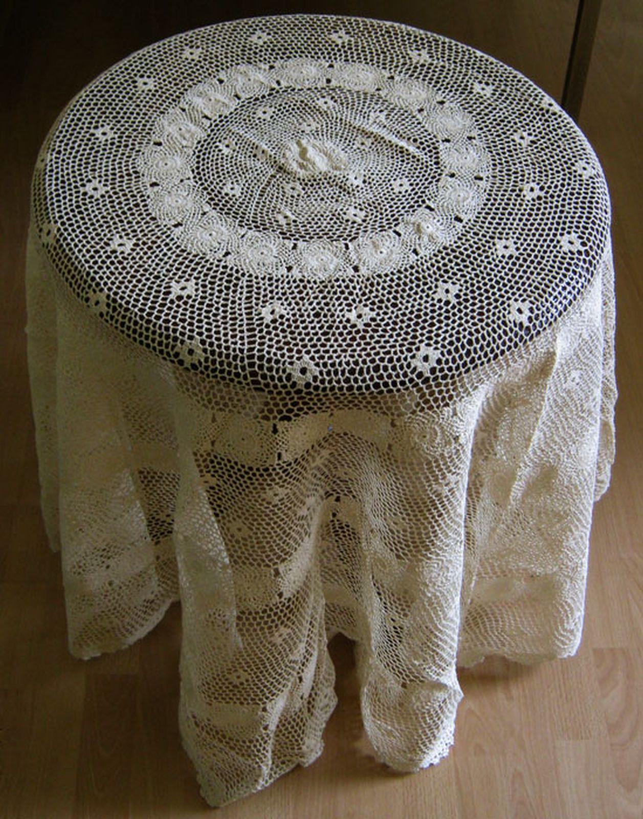 tischdecke rund 180 cm handarbeit beige baumwolle neu ebay. Black Bedroom Furniture Sets. Home Design Ideas
